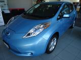 Nissan \t Leaf
