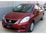 Nissan \t Versa