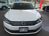 Volkswagen \t Passat