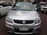 Suzuki \t SX4