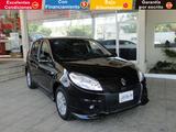 Renault \t Sandero