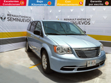 Chrysler \t Town & Country